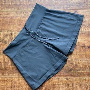 Lululemon Align Shorts Grey Athletic Fitted Sz 10